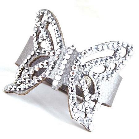 Modna zapestnica z metuljom
