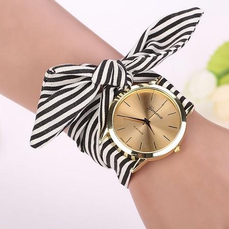 Elegantna ženska ura z dvobarvnim paščkom iz blaga
