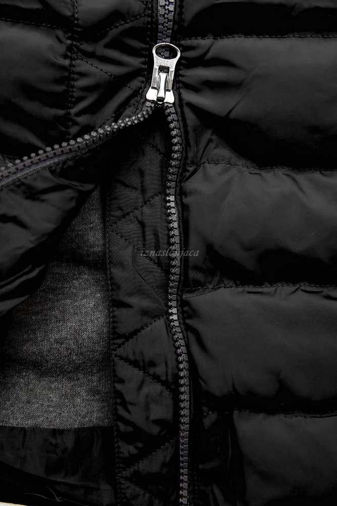 Prešita zimska bunda s srebrnimi detajli