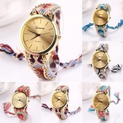 Elegantna ženska ura s paščkom iz blaga, različne barve