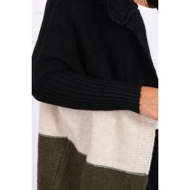 Pletena tribarvna jopica s kapuco