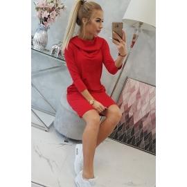 Obleka s kapuco in žepi 8847, rdeča